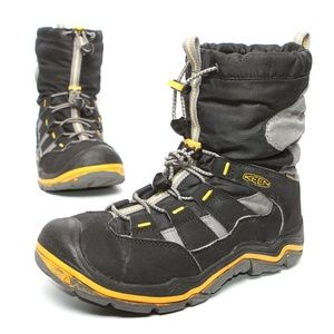KEEN Boys Winter Snow Boots Rated -32C -25F